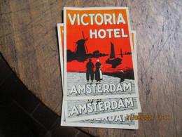 Moulin A Vent Victoria Hotel Amsterdam Lot 3 Etiquette Hotel - Hotel Labels