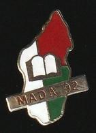 72261-Pin's.Association  MADA. Missions Humanitaire à Madagascar. - Associazioni