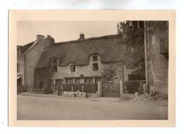 Photo 334, Bretagne Pont-Aven - 21 Aout 1956, Photo Amateur, Format 9 X 6,7 Cm, Bon état - Luoghi