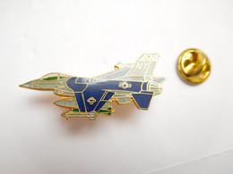 Beau Pin's Pins  , Aviation , Avion , B-1B , USA , US Air Force , Signé Segalen Collection - Aerei