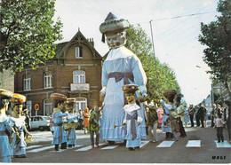 59 - Valenciennes - Le Défilé Du Géant Binbin - Valenciennes