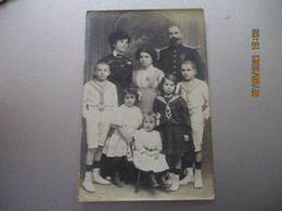 Carte Photo Famille Homme Medaille - Fotografie