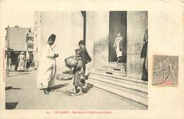 EGYPTE LE CAIRE MARCHAND D'ARGHISOUSS COCO - Cairo