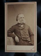 Photo CDV Nadar à Paris - Homme Aux Favoris, Personnalité à Identifier, Second Empire Circa 1865 L557E - Oud (voor 1900)