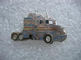 Pin's Camion Américain Des Transports FREDERICI En Suisse - Transports