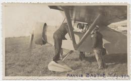 Maryse Bastié, Aviatrice, Photo, Klem L 25 ?, Vichy 1934, Née à Limoges, Décédée à Bron, Dimensions  11 X 6,5 - Luchtvaart