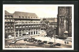 AK Köln, Deichmannhaus Am Dom Und Hauptbahnhof, Strassenbahn Und Autos - Tram