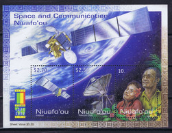 Niuafo'ou Space 2000 World Stamp Expo 2000, Anaheim. Geostationary Satellite, L-Sat Launched On Ariane Rocket. - Tonga (1970-...)
