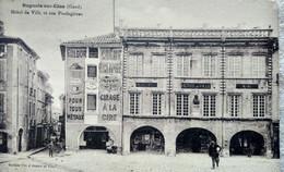 CPA BAGNOLS-sur-CÈZE (30) - Hôtel De Ville Et Rue Poulagières - 1942 - BE - Bagnols-sur-Cèze