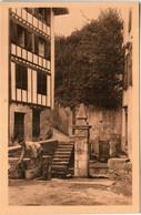 31ksp 642 CPA - CIBOURE - VIEILLE FONTAINE - Ciboure