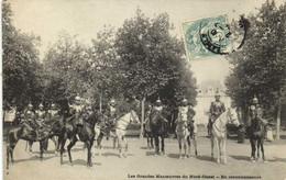 Les Grandes Manoeuvres Du Nord Ouest En Reconnaissance Cavaliers Casques Recto Verso - Manoeuvres