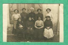 """CPA Photo 1912    """"groupe De Femmes """" Postée à Lavaur - Photographs"""