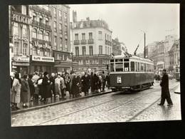 Photographie Originale De J.BAZIN : Tramways De LILLE (CGIT/ TELB): GRAND'PLACE En 1956 - Trenes