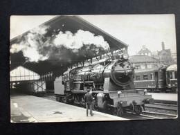 Photographie Originale De Marc DAHLSTRÖM : RENFE:Train Vapeur Gare De MADRID ( Delicias ) 1963 - Trenes