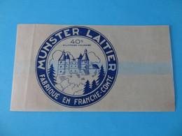 Emballage De Munster Laitier Fabriqué En Franche Comté - Cheese