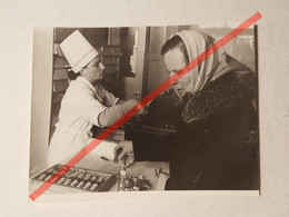 Photo D'époque. Original. Pharmacie. Distributeur De Billets. Abaque. URSS - Gegenstände