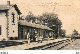 D65  CAPVERN LES BAINS  La Gare   Arrivée D'un Train - Otros Municipios
