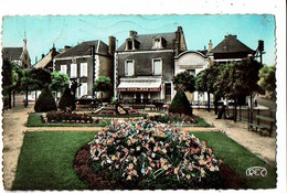 36 - CHATEAUROUX - Square Et Place Patureau Francoeur - 1030 - Chateauroux