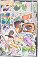 Lot De 200 Timbres  Oblitérés Et Différents Du Rwanda - Kilowaar (max. 999 Zegels)