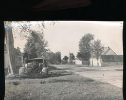36 --- Chateauroux -- RN 20 -- Les Restes D'une Colonne Allemande - Guerre, Militaire