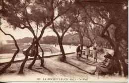 CPA - LA ROCHELLE - LE MAIL (1936) - La Rochelle