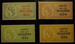 LOT DE 4 TIMBRES FISCAUX - IMPOT SUR LES VELOCIPEDES 1943 1944 1945 1946 - NEUFS AVEC GOMME SANS CHARNIERE !!! - Revenue Stamps