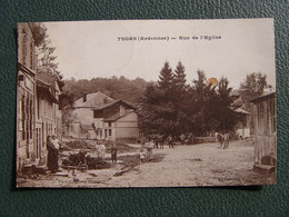 Cpa 08 TOGES Ardennes RUE DE L EGLISE ( ATTELAGE ) - Altri Comuni