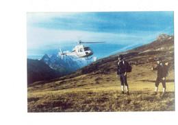 Cpm Moderne Non Située - Hélicoptère Animation Homme - Elicotteri