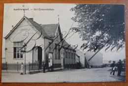Austruweel Gemeentehuis. - Antwerpen