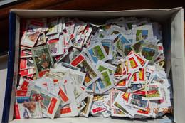 Raf 47 - Vrac Milliers Timbres Belgique Sur Fragment - 1Kg270 - Majorité Prior - Lots & Kiloware (mixtures) - Min. 1000 Stamps