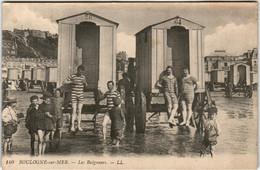 3XP 1O18 CPA - BOULOGNE SUR MER - LES BAIGNEURS - Boulogne Sur Mer
