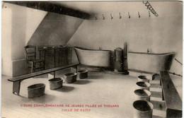 3YY 1O26 CPA COURS COMPLEMENTAIRE DE JEUNES FILLES DE THOUARS - SALLE DE BAINS - Thouars