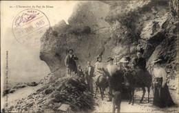 CPA Puy De Dôme, L'Ascension Du Puy De Dome, Esel, Touristen - Autres Communes