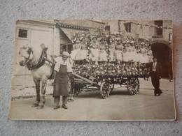 36.  RARE CARTE PHOTO CHAR FLEURI JEUNE FILLE COMMERCE ALIMENTATION VALENCAY VIC SUR NAHON CHATEAUROUX A SITUER - Autres Communes