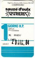 SKIPASS TESSERA GIORNALIERA SESTRIERE 1984 - Toegangskaarten