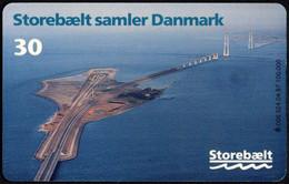 BRIDGE - DENMARK - TELEDANMARK - TELEPHONE CARD 30 Kr. - STOREBÆL BRINGS DENMARK TOGETHER - USED - Dominica