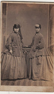 Cdv  Femmes Mode   Chapeau 1866 Brechin écosse Royaume Uni United Kingdom - Antiche (ante 1900)
