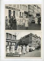 Oostende : 2 Foto's  Staking Verpleegkundige : (Foto Michaël -formaat 18 X 13 Cm ) Reklame Bieren LAMOT - Chasse Royale. - Places