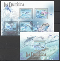 CA1038 2011 CENTRAL AFRICA CENTRAFRICAINE FAUNA MARINE LIFE LES DAUPHINS DOLPHINS 1BL+1KB MNH - Delfini