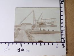 31/ Photo Ancienne Bizerte/Karouba 1930/31- Hydravion Suspendu à Une Grue - Aviation
