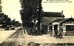 AT 193  /  C P A   ANTONY   (92)   AVENUE D'ORLEANS ANGLE DE LA RUE DU PROGRES - Antony