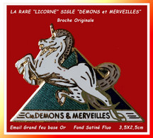 "SUPER PIN'S (Broche) Marque CREATEUR De PIN'S ""DEMONS Et MERVEILLES : La Célèbre ""LICORNE"" Emaillée Grand Feu Or 3,5X2,5 - Marques"