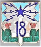 18° RT. 18° Régiment De Transmissions. Croix De Lorraine Blanche. D.638. Dos Guilloché. - Army