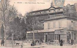 ARLES - Asile Saint-Césaire, Rue Vauban - Bar Robert - Arles