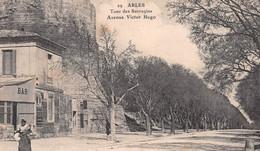 ARLES - Tour Des Sarrazins - Avenue Victor Hugo - Bar Robert - Arles