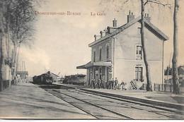 A/369        03      Dompierre Sur Besbre    - La Gare   Arrivée D'un Train - Other Municipalities