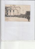 Carte Photo à Identifier - Photo Benard Baccarat 54 - Militaires Devant Public - Lorraine