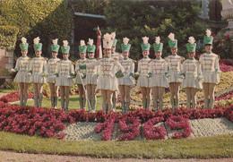 41. VENDÔME.  GROUPE DES MAJORETTES DE VENDÔME. ANNÉE 1969 - Vendome