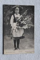 Alsace, Des Fleurs Pour L'année, Folklore Et Costume Haut Rhin 68 - Sin Clasificación