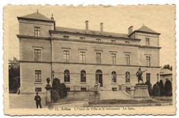Arlon - L'Hôtel De Ville Et Le Monument Le Jass - Arlon
